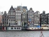 [Amsterdam houses (9kb)]